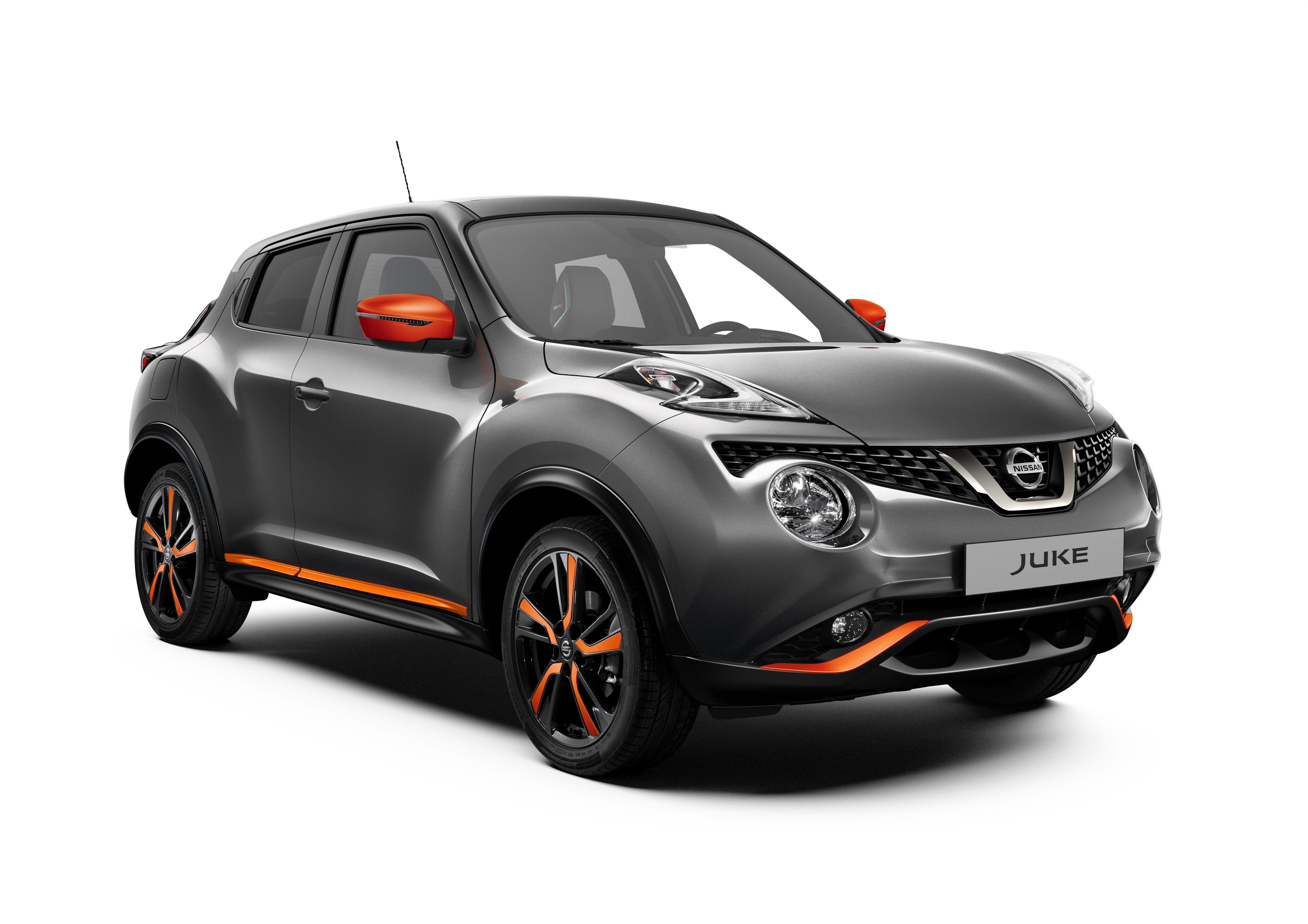 426220253_Nissan Juke MY18 Exterior Orange Perso LHD